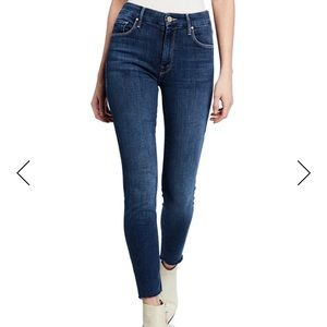 MOTHER Looker Ankle Fray Girl Crush Jeans 24